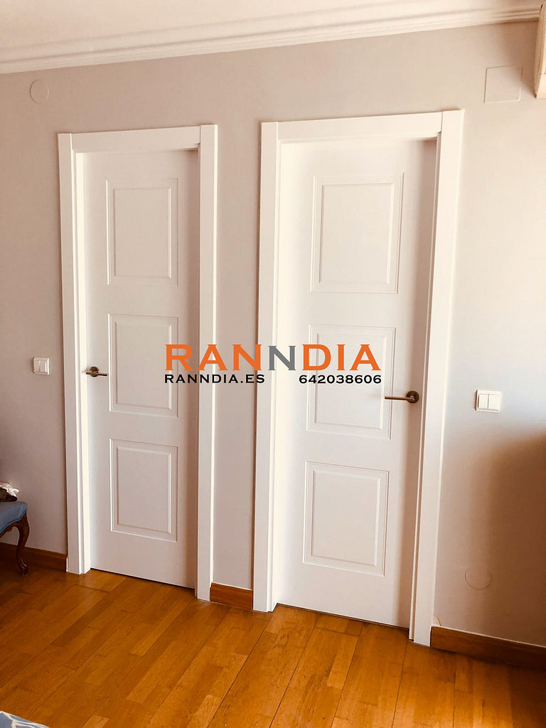 Puertas blancas Marbella